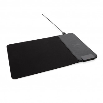 Mousepad with 15W wireless charging and USB ports